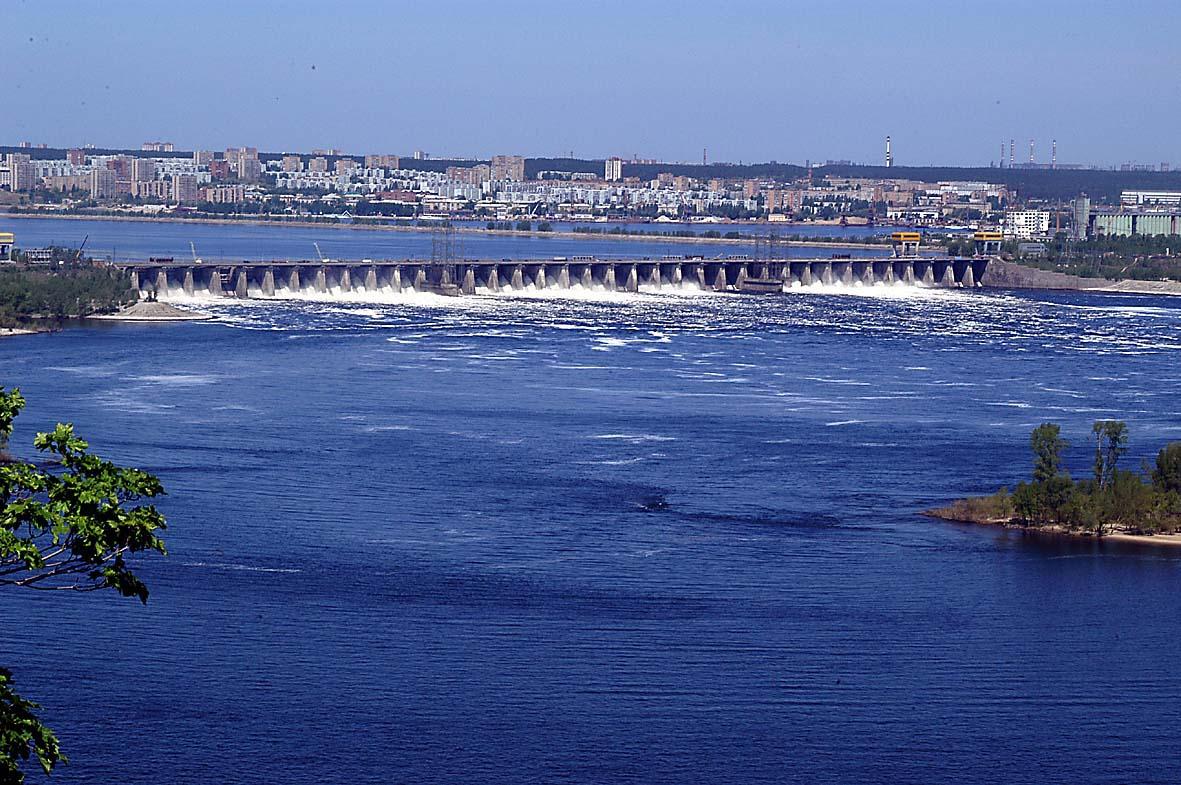 Плотина Жигулевской ГЭС